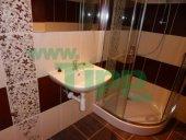 Moderná rekonštrukcia kúpeľne, sprchovací kút